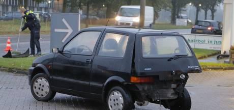 Twee auto's betrokken bij aanrijding in Goor