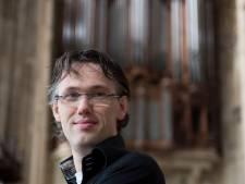 Organist Marco den Toom krijgt koninklijke onderscheiding in Concertgebouw