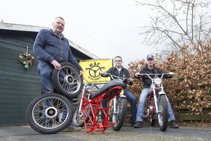Anton Reilink, Gerjan Krikkink en Erik Meilink zijn gek op de Gilera.