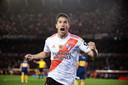 Ignacio Fernández, de linksbenige spelmaker van River Plate, juicht na zijn goal in de halve finale tegen Boca Juniors.