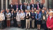 Senioren genieten van bezoek aan stadhuis