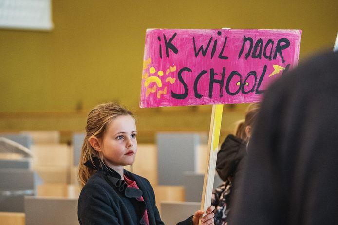 Leerlingen van de basisschool Tamarinde in Zaandam demonstreerden vorig jaar al tegen het lerarentekort. Hun school voerde een vierdaagse schoolweek in bij een gebrek aan vervangers.