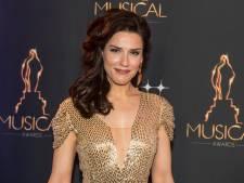 Eens per jaar wél dat decolleté: sterren maken zich op voor Musical Awards