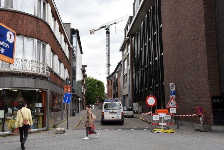 Archieffoto: De Baron du Fourstraat werd in 2017 tijdelijk afgesloten omwille van een wankele bouwkraan op Turnova.