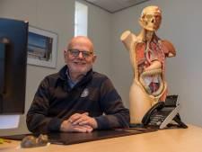 Veldhovense huisarts gaat na 33 jaar met pensioen: 'Ik had me de laatste weken heel anders voorgesteld'