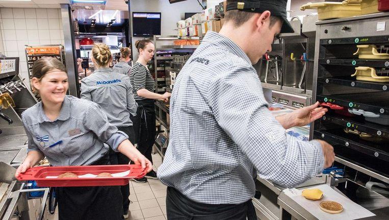 McDonalds gebruikt een nieuw systeem om voedselverspilling tegen te gaan Beeld Simon Lenskens