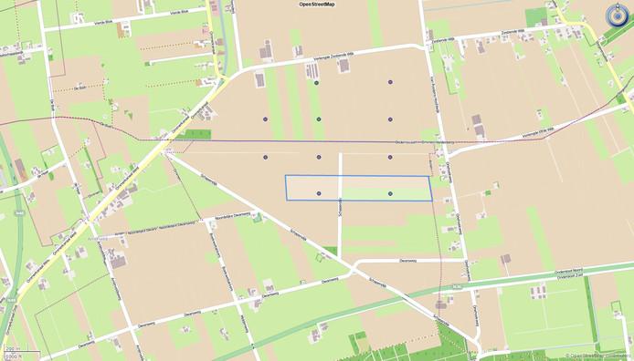Plattegrond met beoogde locatie van het zonnepark in Windpark De Veenwieken. Het rechthoekige gebied dat is aangegeven met de blauwe lijn op de plattegrond is de plek van het beoogde zonnepark. De tien zwarte puntjes in het gebied zijn de plekken waar de tien windmolens van Windpark De Veenwieken komen. Het gebied wordt begrensd door de Verlengde Zestiende Wijk, de Van Rooijens Hoofdwijk/Driehoekweg, de N36, de Schapendijk en het Ommerkanaal.