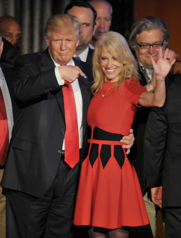 Trump met campagnemanager Kellyanne Conway Beeld photo_news