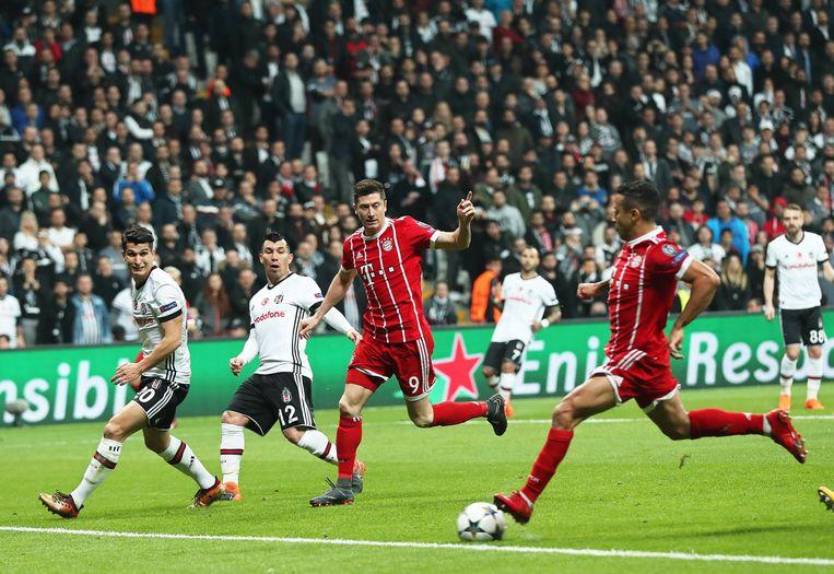 Thiago kon niet meer missen alleen voor doel.