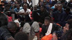 Italië laat 182 migranten op Ocean Viking ontschepen