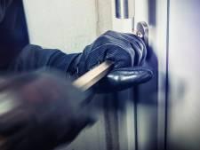 Drie inbraken in een nacht in winkelcentrum Laverije in Rijen