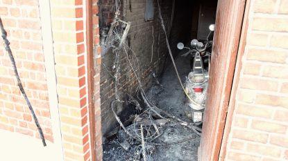 """Zesde keer brand bij gezin in de Vondelstraat: """"Het lijkt wel alsof dit huis behekst is"""""""