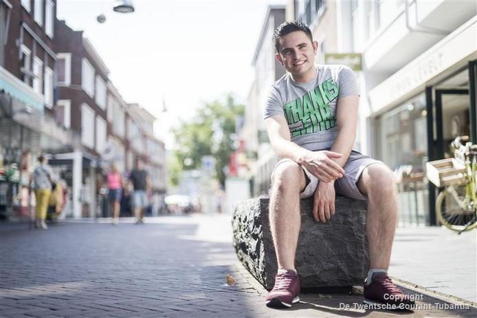 Jouma Alhussein woont sinds drie maanden in een sociale huurwoning in Enschede.