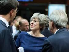 May smeekt EU-partners om steun tijdens diner met fazantsoep