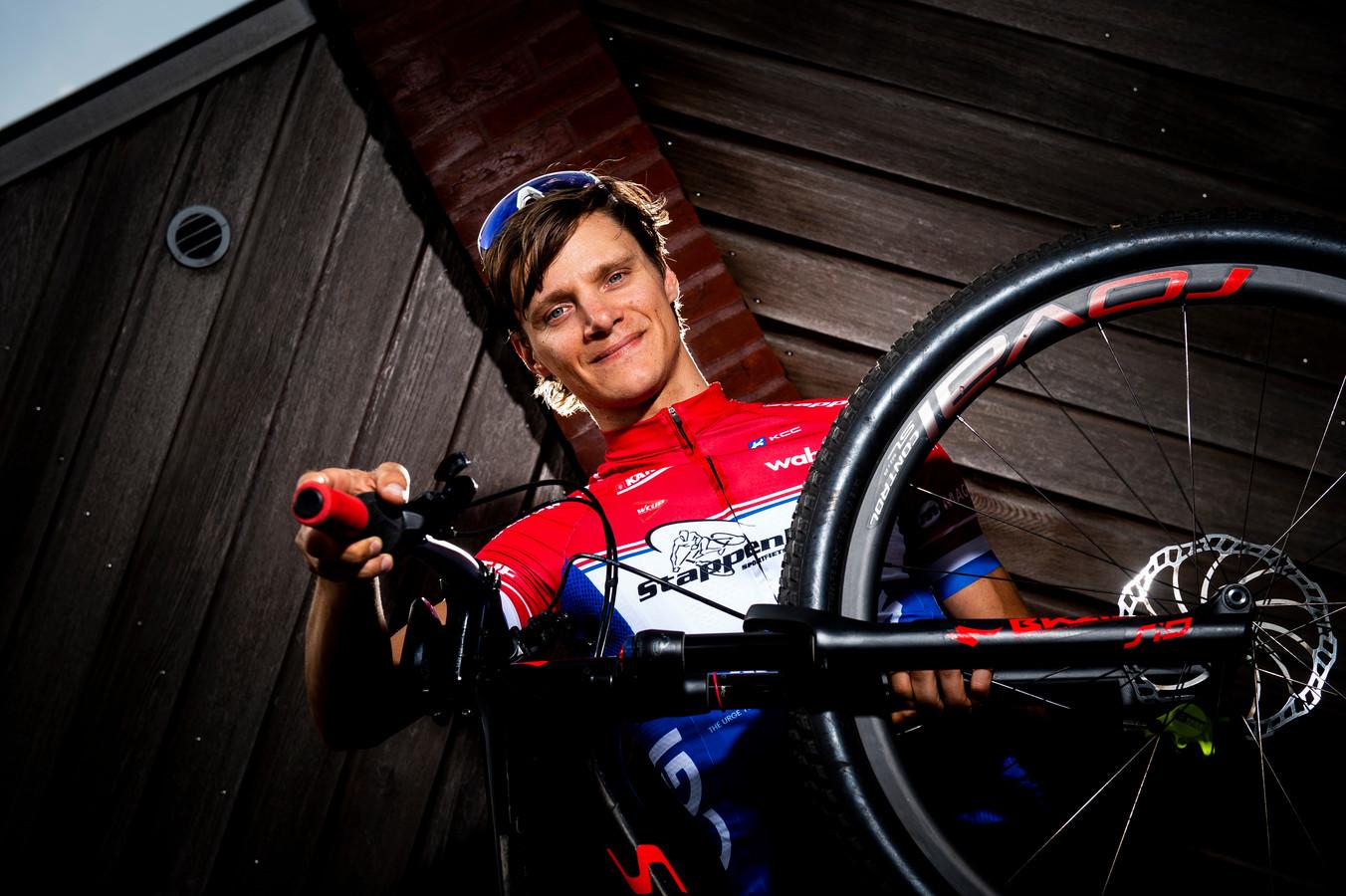 Apeldoorn - Mountainbiker Erik Groen . Foto Kevin Hagens KH20190606