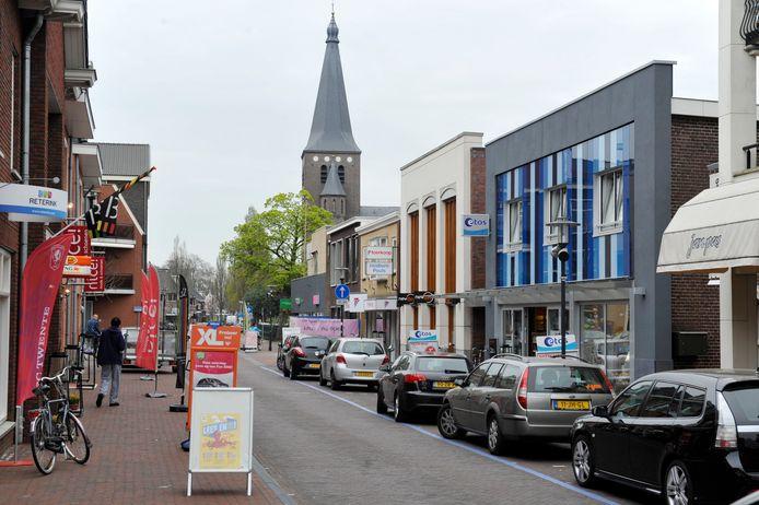 De middenstand moet meer consumenten uit de regio naar Wierden lokken.