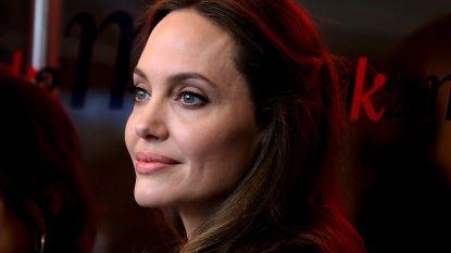 Angelina Jolie hoopt met de kinderen naar het buitenland te verhuizen, eens ze 18 zijn