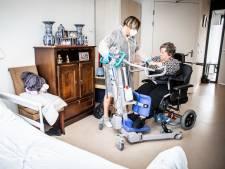 Schrijnend tekort aan verpleeghuisbedden, huisartsen 'leuren' met patiënten: 'Druk bezig met een oplossing'
