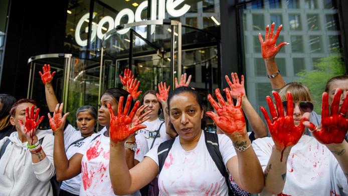 Manifestants dans les rues de Londres