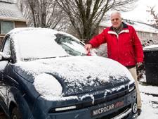 Evert wordt 90 en daarom gaat hij gewoon de weg op, sneeuw of geen sneeuw