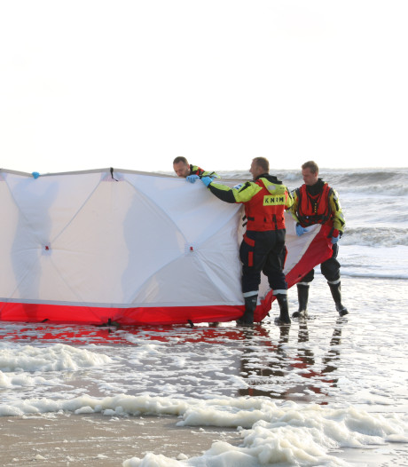 Stoffelijke resten van persoon gevonden in zee bij Wassenaar