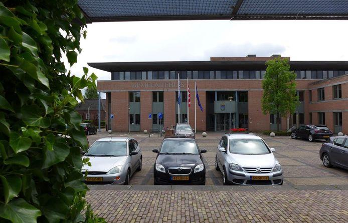 Het gemeentehuis van Haaren zou zo maar een alternatieve huisvesting voor Gedenkplaats Haaren kunnen zijn.