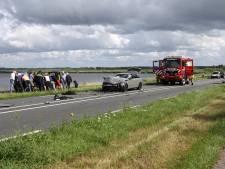 Dode en meerdere gewonden bij frontale botsing bij Nijkerkersluis