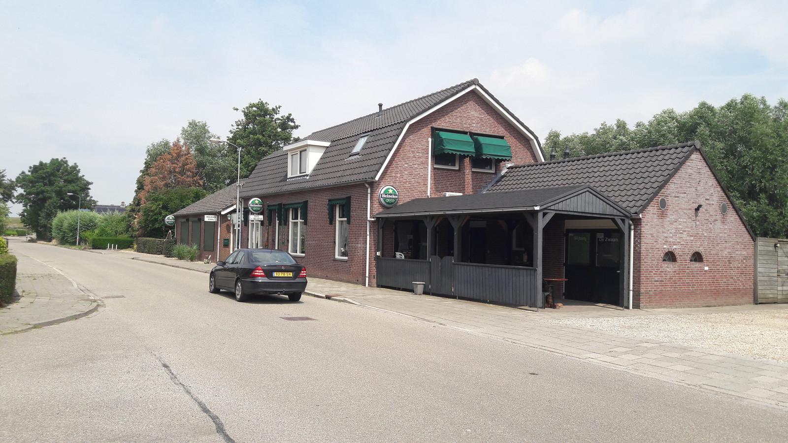 Café 't Zwaantje in Deest.