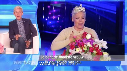Geweldig: Ellen feliciteert P!nk met titel van 's werelds mooiste vrouw