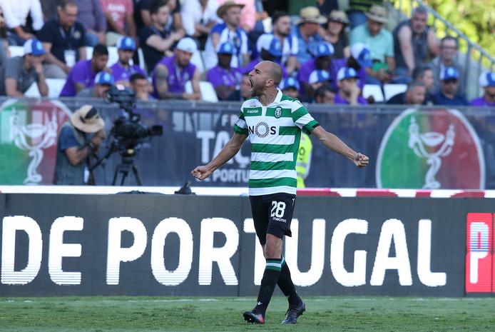 Bas Dost viert zijn goal in de bekerfinale tegen Porto.