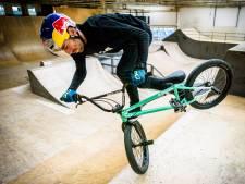 Eindelijk een thuiswedstrijd voor stuntpiloot Daniel Wedemeijer