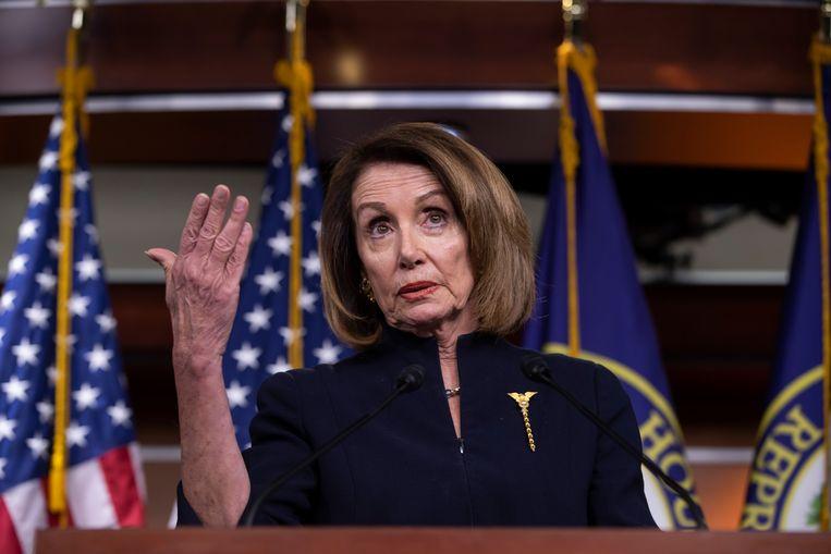 Voorzitster van het Huis van Afgevaardigden, Nancy Pelosi, heeft de verkozenen van beide partijen opgeroepen de resolutie te steunen.