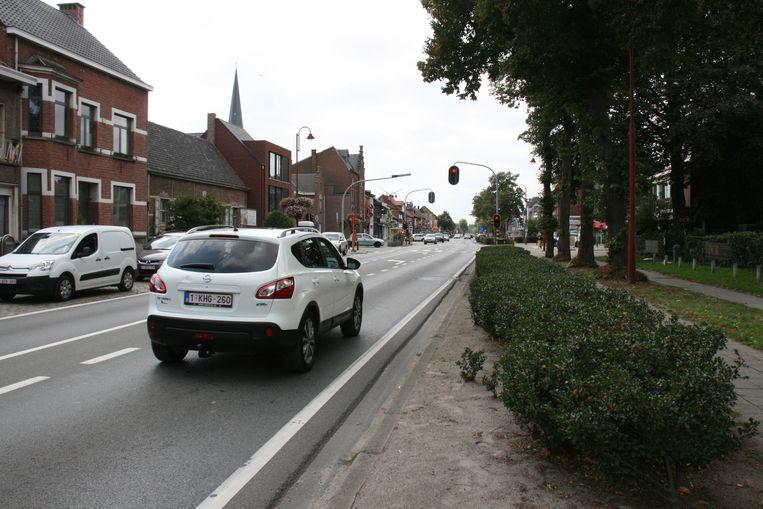 De nutswerken aan de Dorpsstraat in Stabroek worden stilgelegd door de coronacrisis.