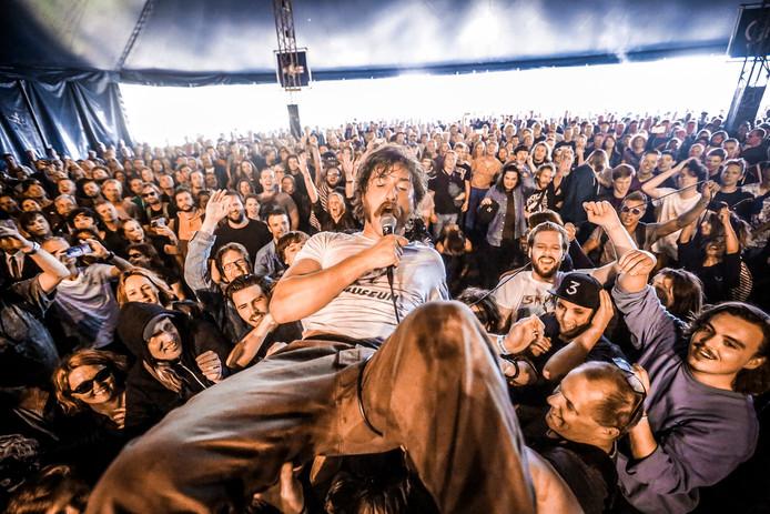 Metropolis is dit jaar voor het eerst in het tweede weekend van juli. ,,We zijn afhankelijk van de bands die touren'', zegt festivalbaas Kipp.