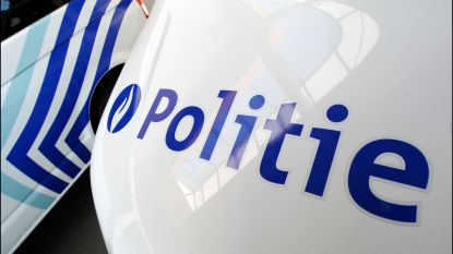 Politiewagen betrokken bij botsing