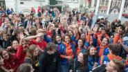 VIDEO - Meer dan vierhonderd scholieren op startfeest van Dag van de Jeugdbeweging