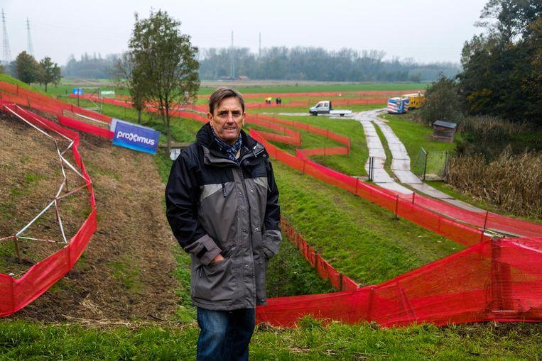 Ronny Spagnaerts aan het parcours van de cross.