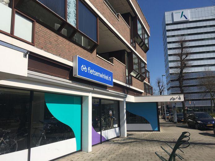 De Fietsenwinkel sluit wegens een reorganisatie zijn winkels in onder meer Apeldoorn (Brinklaan).