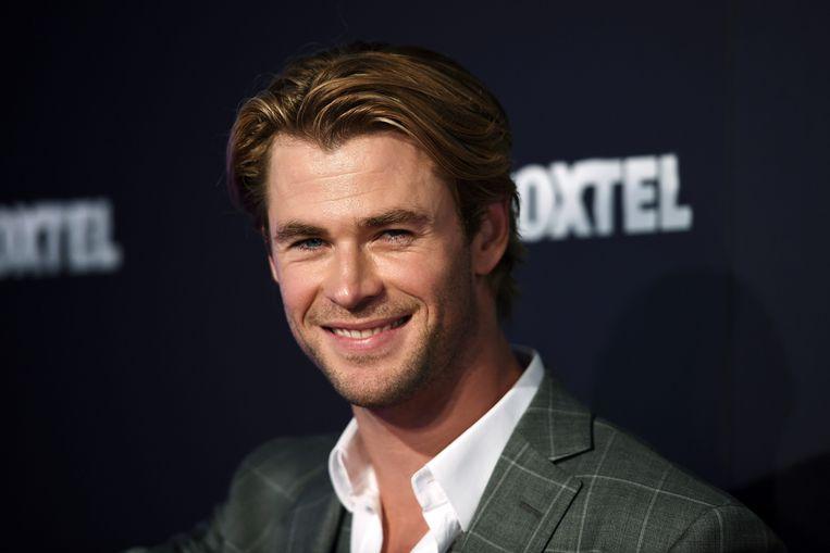 Een lifter in Australië kreeg dit weekend hulp van Chris Hemsworth. De jongen werd door de Thor-acteur per helikopter naar zijn plaats van bestemming gebracht.