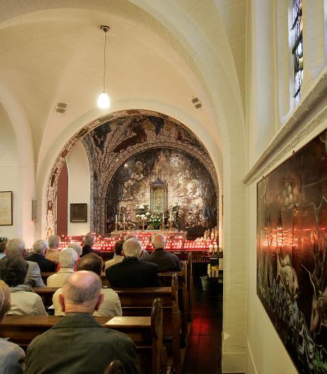 Volle kerk in Handel, maar geen pastoor