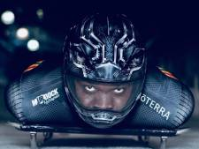 Frimpong jaagt in Black Panther-pak over de skeletonbaan