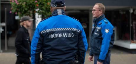 Veiligheidsregio IJsselland gaat strenger handhaven op coronaregels: 'Vervelend, maar nodig'