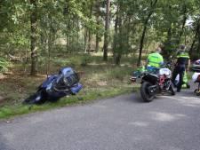 Motorrijder gewond door glijpartij in Someren, moet in ziekenhuis worden behandeld