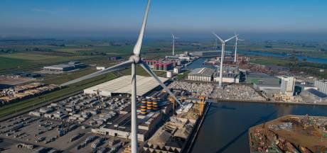 Gegadigden in de rij voor windmolens bij Kampen