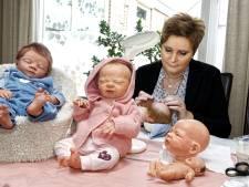 'Mensen schrikken vaak eerst': Levensechte babypoppen dit weekend te zien in de Brabanthallen