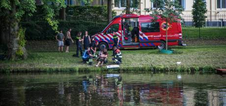 Zwemmer (25) bijna verdronken tijdens 112-storing: 'Iedereen belde boos en radeloos'
