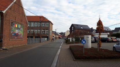 Tweede keer dat man met wapen door straten van Zwalm loopt: school in lockdown
