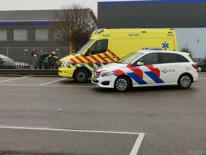 Een kind kwam in botsing met een auto in Ede.