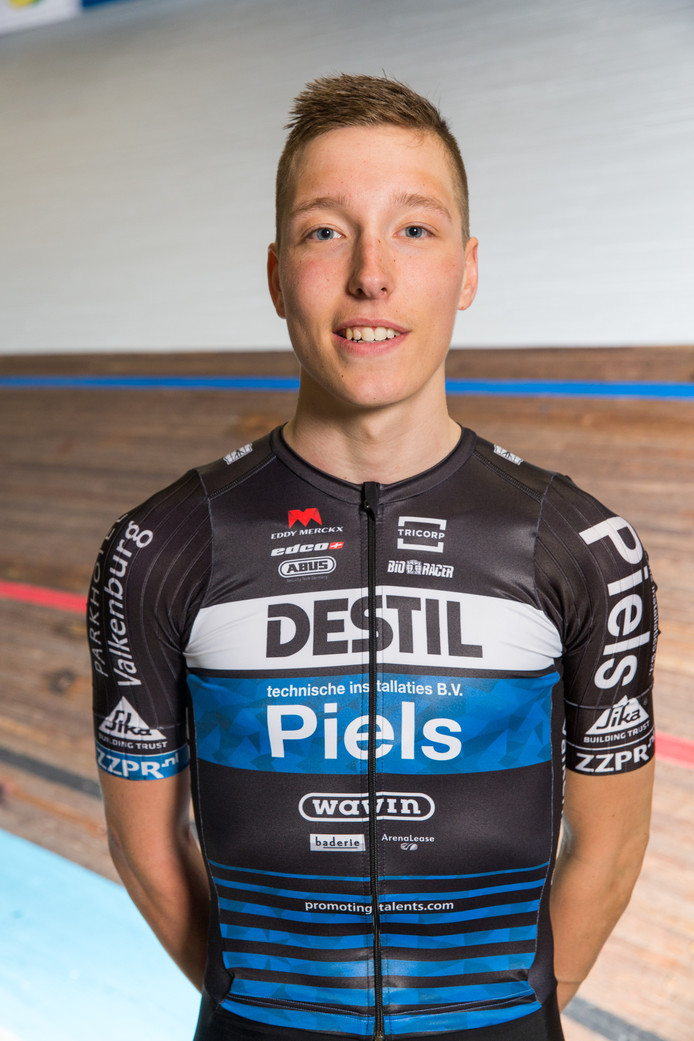 Wielrenner Jordi van Loon van Destil-Piels.