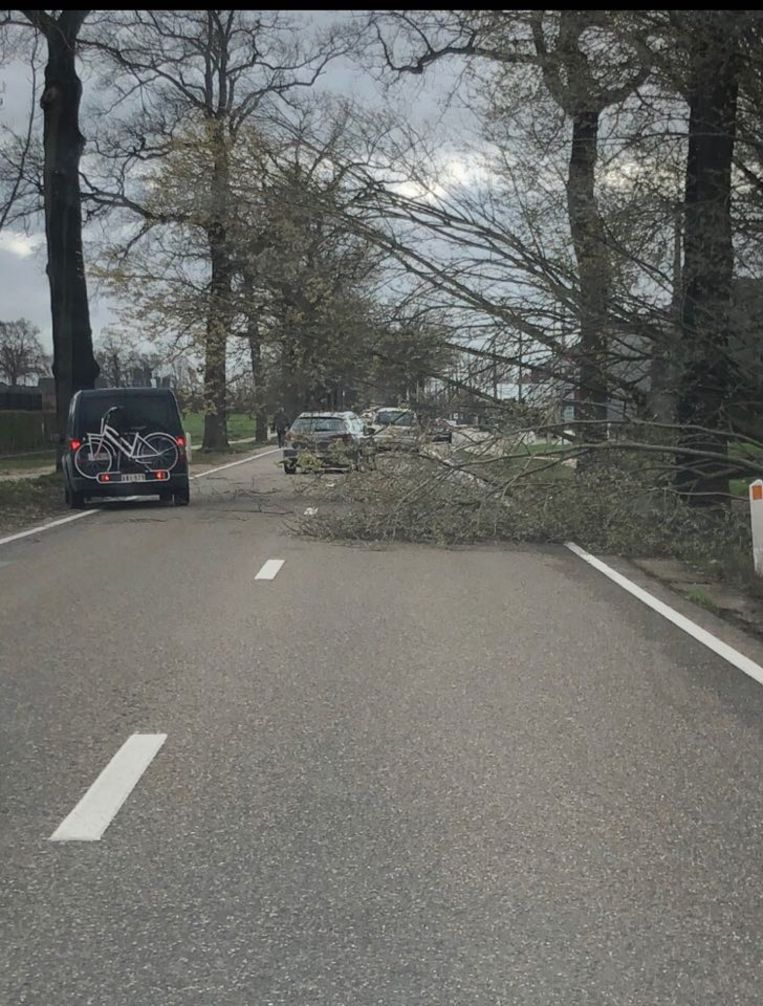 De baan tussen Rijkevorsel en Hoogstraten was ook een hele tijd afgesloten.